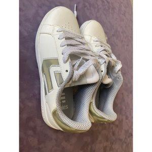Brand new Etnies sneakers
